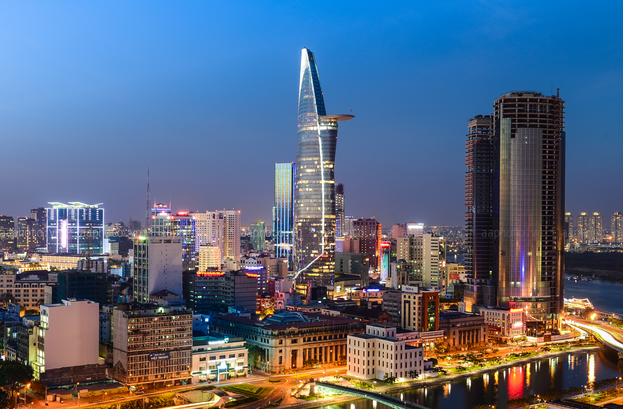 Vietnam is one of the most potential markets for foreign businesses in 2017